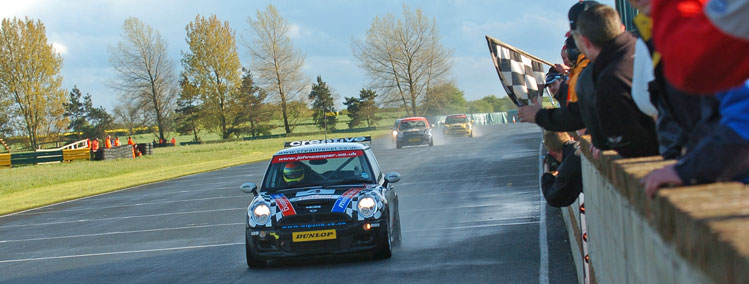 Andy Sayle Winning Mini Race Croft